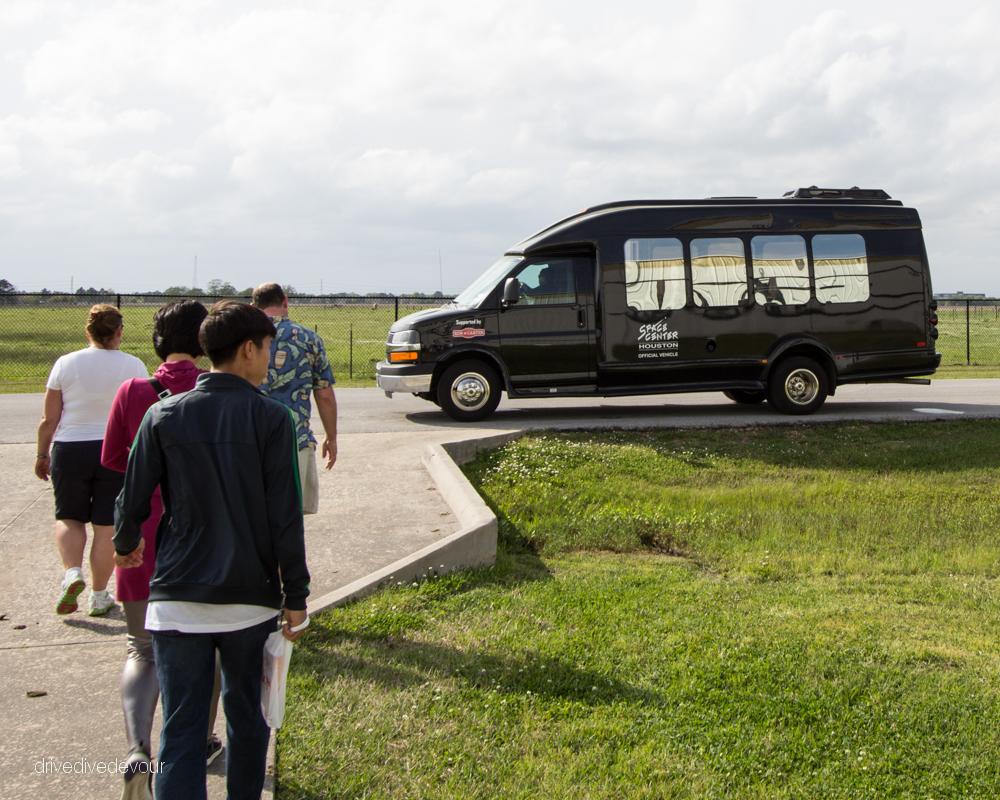 NASA Level 9 tour bus